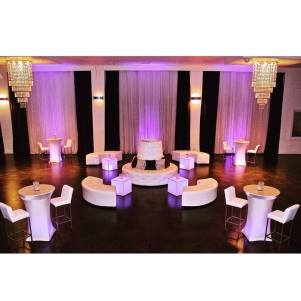 Rentals: Lounge Essence